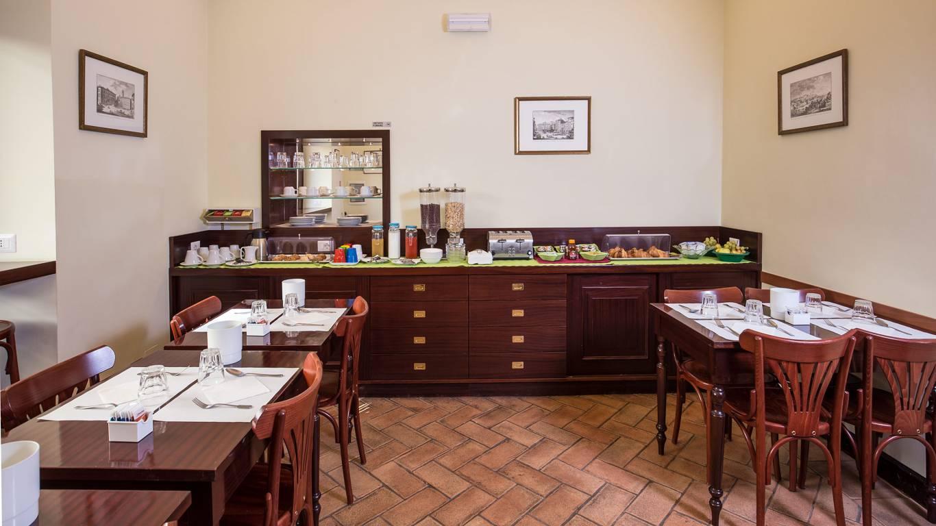 Hotel-Trastevere-Roma-Breakfast-Room-128