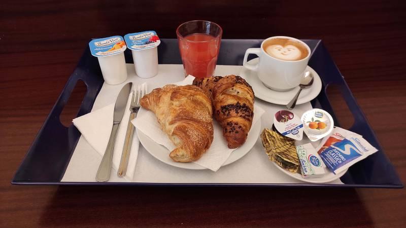 Hotel-Trastevere-Roma-Room-Service-Finale-1